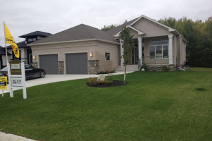 8 Campbell Rd - Stonewall - Hilton Homes