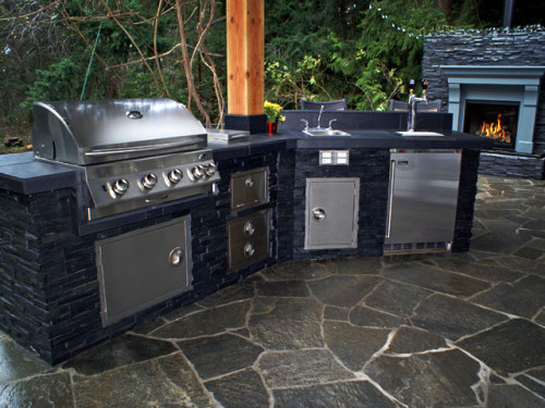 Now Offering OUTDOOR KITCHENS